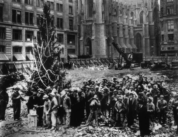 rockefeller-center-christmas-tree-1931